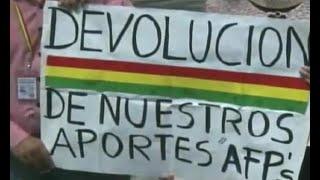 Grupos piden la devolución de los aportes a las AFP'S