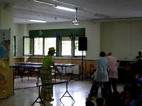 Patxin eta Potxin pailazoak ikastolan 2010/04/30