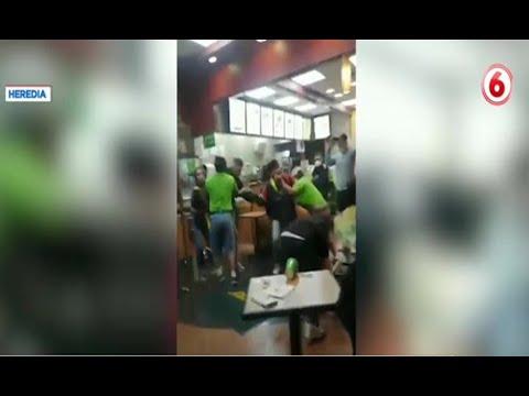 Video registra enfrentamiento a golpes en restaurante de Heredia