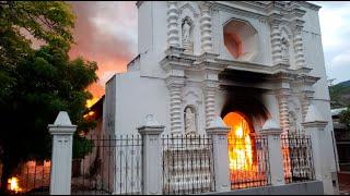 Rayo provoca incendio en iglesia católica de casi 300 años de antigüedad